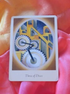 intuitive tarot three of discs
